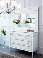Комоды, тумбы, столы в цвете белый  с серебряной  и золотой патиной .